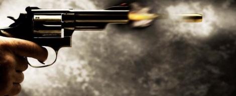 arma-atirando-bala